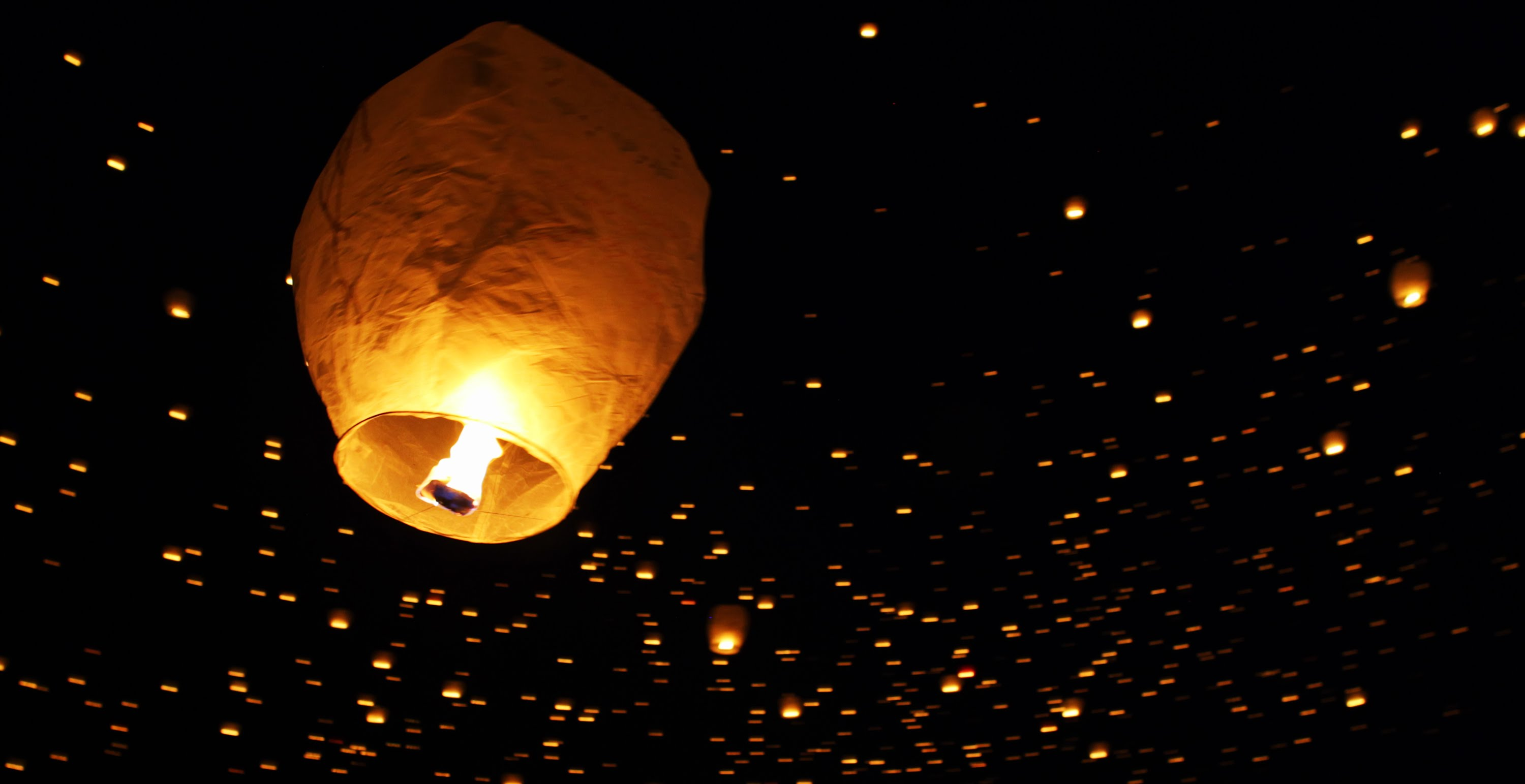 Tangled In Real Life Lantern Fest In 4k Inthefame