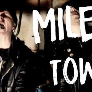 """Daggerplay – """"One Mile Town"""" Official Music Video"""