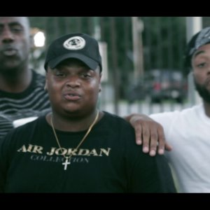 """YungBless – """"Money Moves"""" feat. Uplife Stud – Official Music Video"""