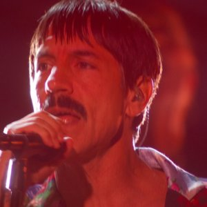 Post Malone & Red Hot Chili Peppers – Stay / Rockstar / Dark Necessities (LIVE at the 61st GRAMMYs)